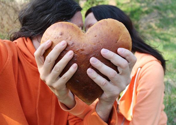 Šťastní milionáři pečou chleba