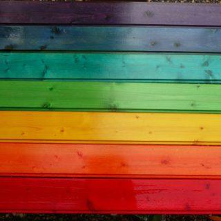 Barvení a batikování dřeva