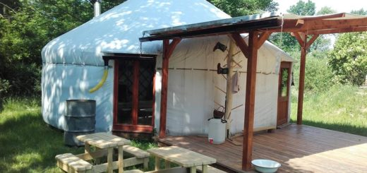 lesní školka v jurtě