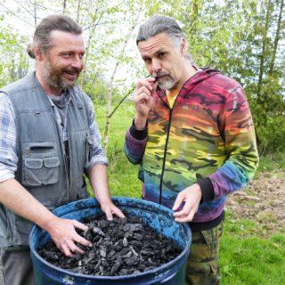 Prauhel-biouhel-využití v zahradě-video