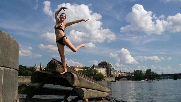 Praha Národní divadlo - Labutí jezero